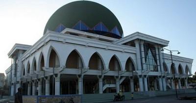 Masjid Agung Sampang, Mengenal Salah Satu Masjid Kebanggaan Madura