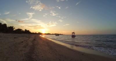 Wisata Pantai Siring Kemuning, Surga Tersembunyi di Madura