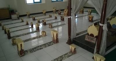 Makam Sultan Abdul Kadirun, Menulusuri Salah Satu Wisata Religi Terkenal di Madura