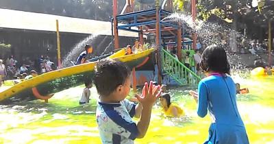 Wisata Wendit Waterpark, Berwisata Sambil Bermain Air