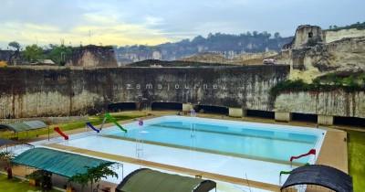 Pemandian Kolam Renang Goa Pote, Rasakan Sensasi Berendam di Antara Pemandangan Batu Kapur
