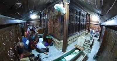 Makam Sunan Giri, Menengok Situs Bersejarah Di Daerah Gresik