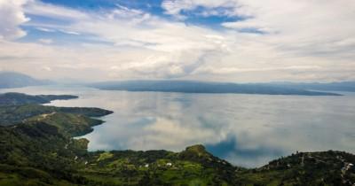 Huta Ginjang, Spot yang Istimewa untuk Melihat Danau Toba dan Pulau Samosir