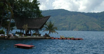 Pulau Samosir, Berwisata Sambil Mengenali Kebudayaan Suku Batak
