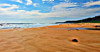 Pantai Gawu Soyo, Pantai Cantik dan Menarik dengan Pasirnya yang Berwarna Merah Muda