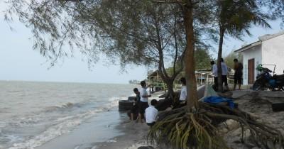 Pantai Mutiara, Keindahan Panorama Pantai yang Dapat Membuat Anda Terpesona