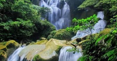 Air Terjun Samparona : Fasilitas, Rute, Jam Buka, Harga Tiket dan Daya Tarik