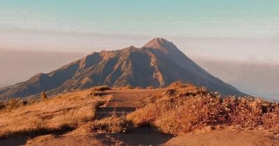 Gunung Merbabu : Fasilitas, Rute, Jam Buka, Harga Tiket dan Daya Tarik