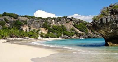 Pantai Nemberala : Fasilitas, Rute, Jam Buka, Harga Tiket dan Daya Tarik
