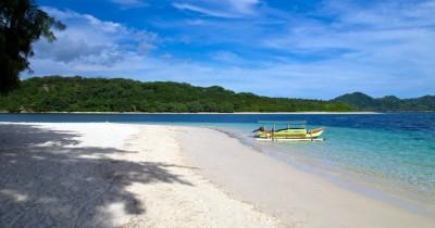 Pantai Gili Nanggu : Fasilitas, Rute, Jam Buka, Harga Tiket dan Daya Tarik