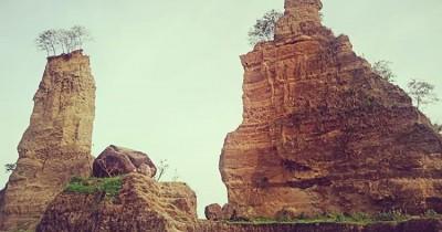Brown Canyon : Fasilitas, Rute, Jam Buka, Harga Tiket dan Daya Tarik