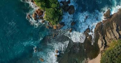 Pantai Jungwok : Fasilitas, Rute, Jam Buka, Harga Tiket dan Daya Tarik