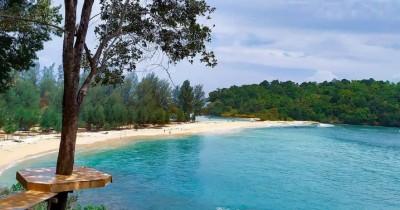 6 Rekomendasi Wisata Pantai Pasir Putih di Indonesia Terindah
