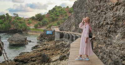Pantai Mbuluk : Tiket Harga Masuk, Foto dan Lokasi