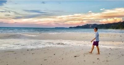 Pantai Melur : Tiket Harga Masuk, Foto dan Lokasi