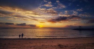 Pantai Nusa Dua : Tiket Harga Masuk, Foto dan Lokasi