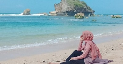Pantai Ngandong : Tiket Harga Masuk, Foto dan Lokasi