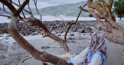 Pantai Mutiara Indah : Tiket Harga Masuk, Foto dan Lokasi
