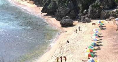  Pantai Nguyahan : Tiket Harga Masuk, Foto dan Lokasi