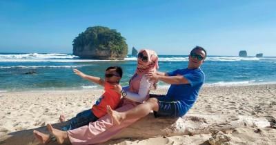Pantai Watu Leter : Tiket Harga Masuk, Foto dan Lokasi