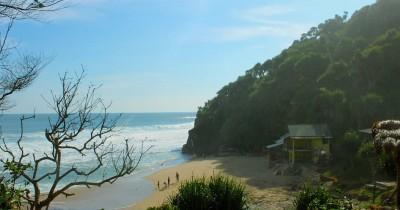 Pantai Seruni : Tiket Harga Masuk, Foto dan Lokasi