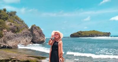 Pantai Sadranan : Tiket Harga Masuk, Foto dan Lokasi