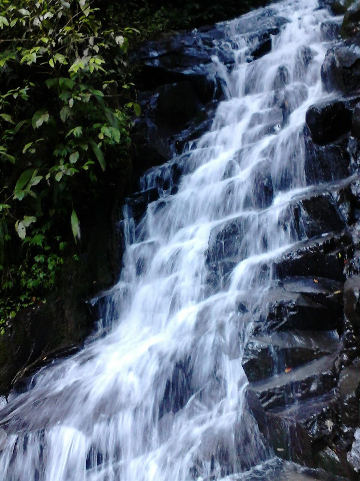 Air Terjun Irenggolo , Nikmati Godaan Dari Gemericiknya Aliran Air