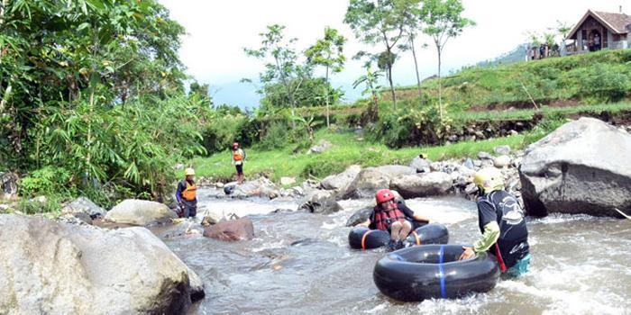 Kampoeng Goenoeng