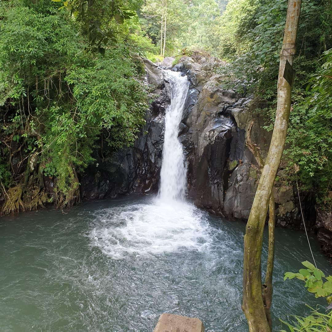 Air Terjun Aling-Aling